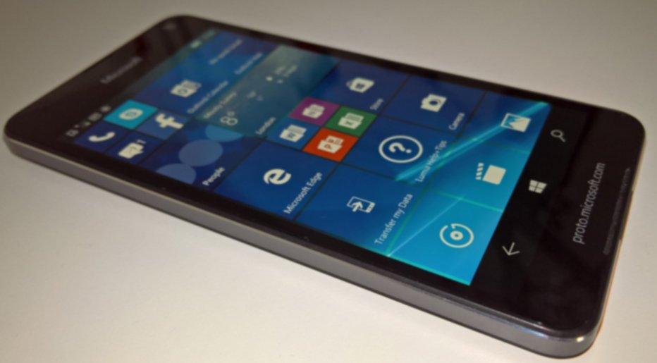 Microsoft Lumia 650 leaked via live image, confirming specs and design